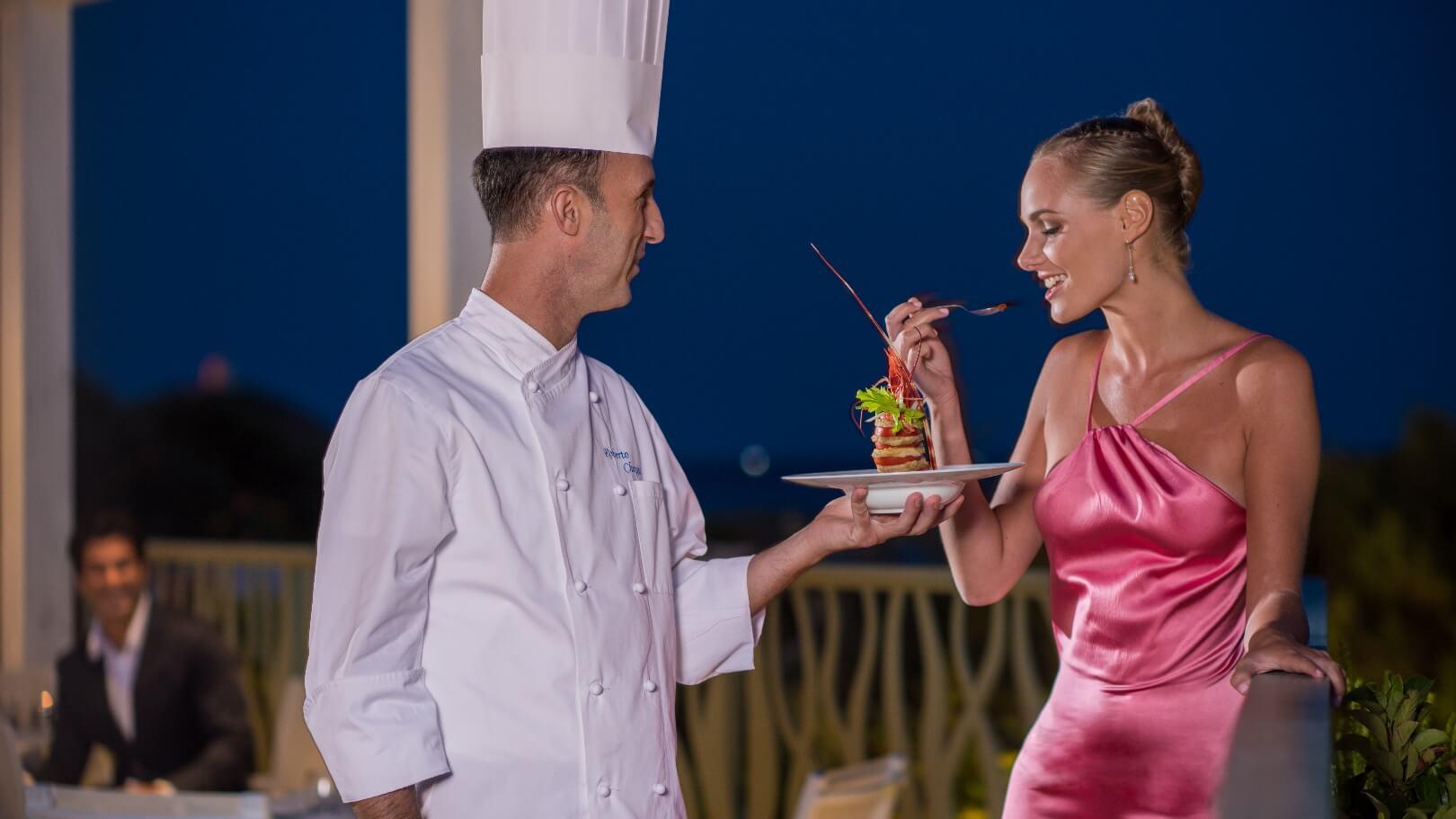 https://www.chialagunaresort.com/wp-content/uploads/2021/04/IHC_Chia-Laguna-Resort_grid_CL4U_dinner-gourmet.jpg