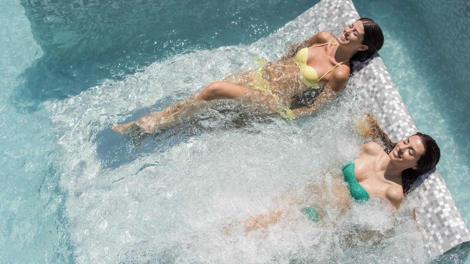 https://www.chialagunaresort.com/wp-content/uploads/2021/04/IHC_Chia-Laguna-Resort_grid_CL4U_spa-pool.jpg