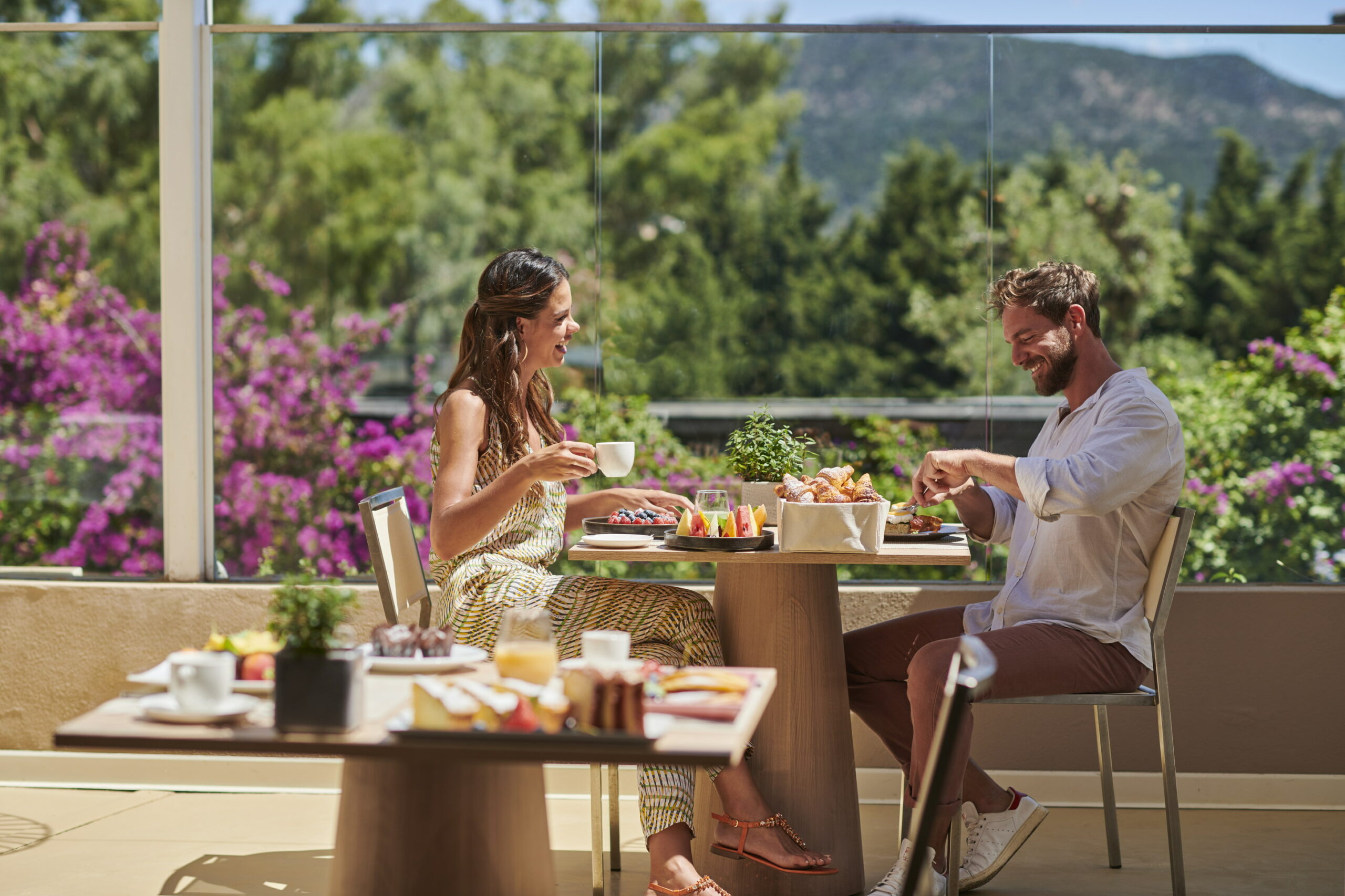 https://www.chialagunaresort.com/wp-content/uploads/2021/05/Baia-di-Chia-Resort-Sardinia_Breakfast_2-scaled.jpg