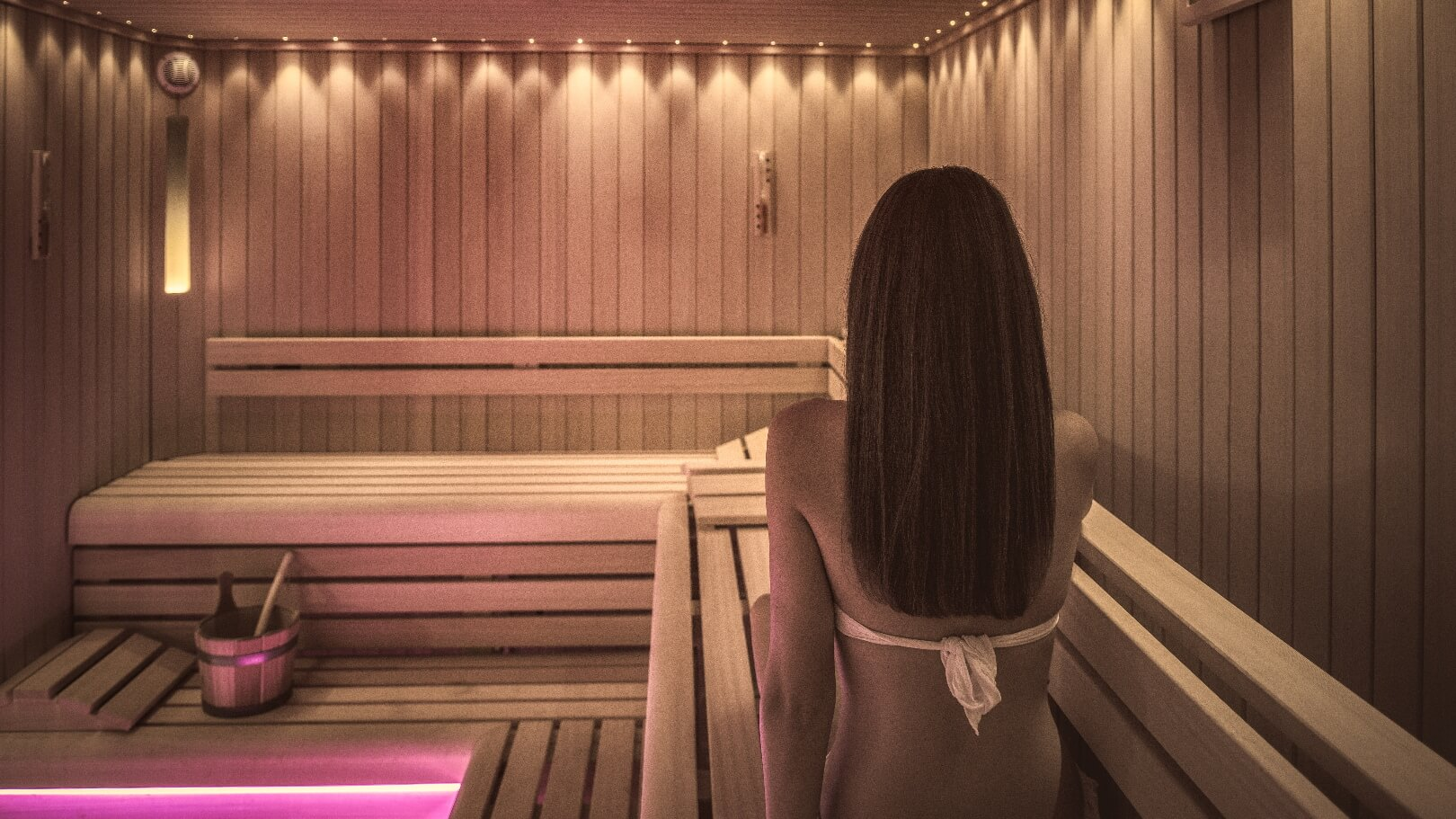 https://www.chialagunaresort.com/wp-content/uploads/2021/05/IHC_Chia-Laguna-Resort_grid_CL4U_sauna.jpg