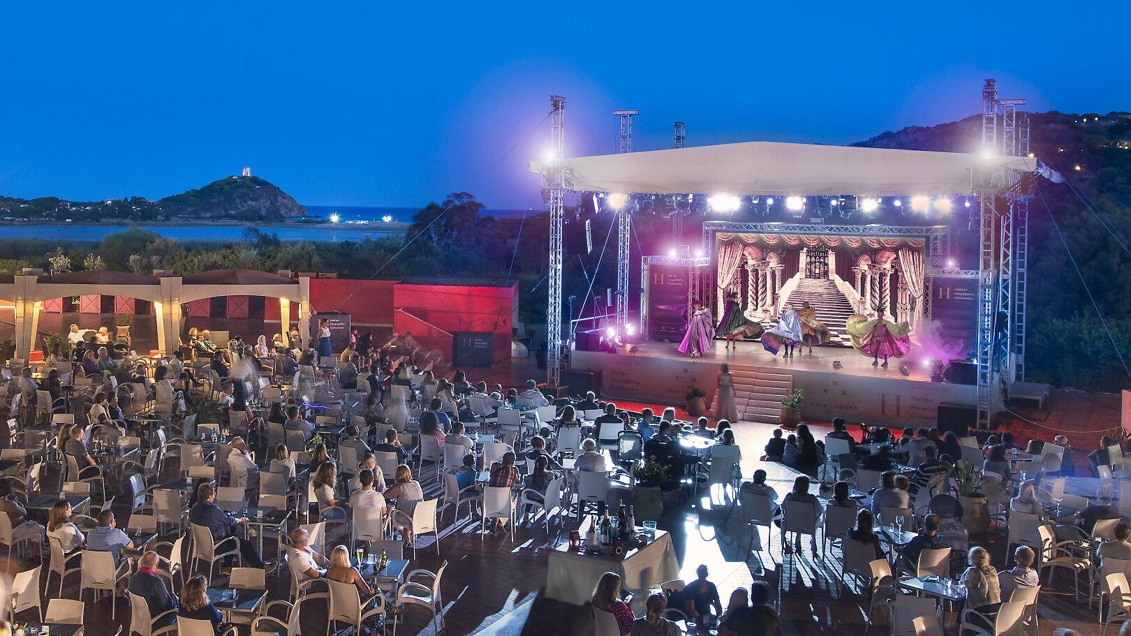 https://www.chialagunaresort.com/wp-content/uploads/2021/05/IHC_Chia-Laguna-Resort_grid_evening.jpg