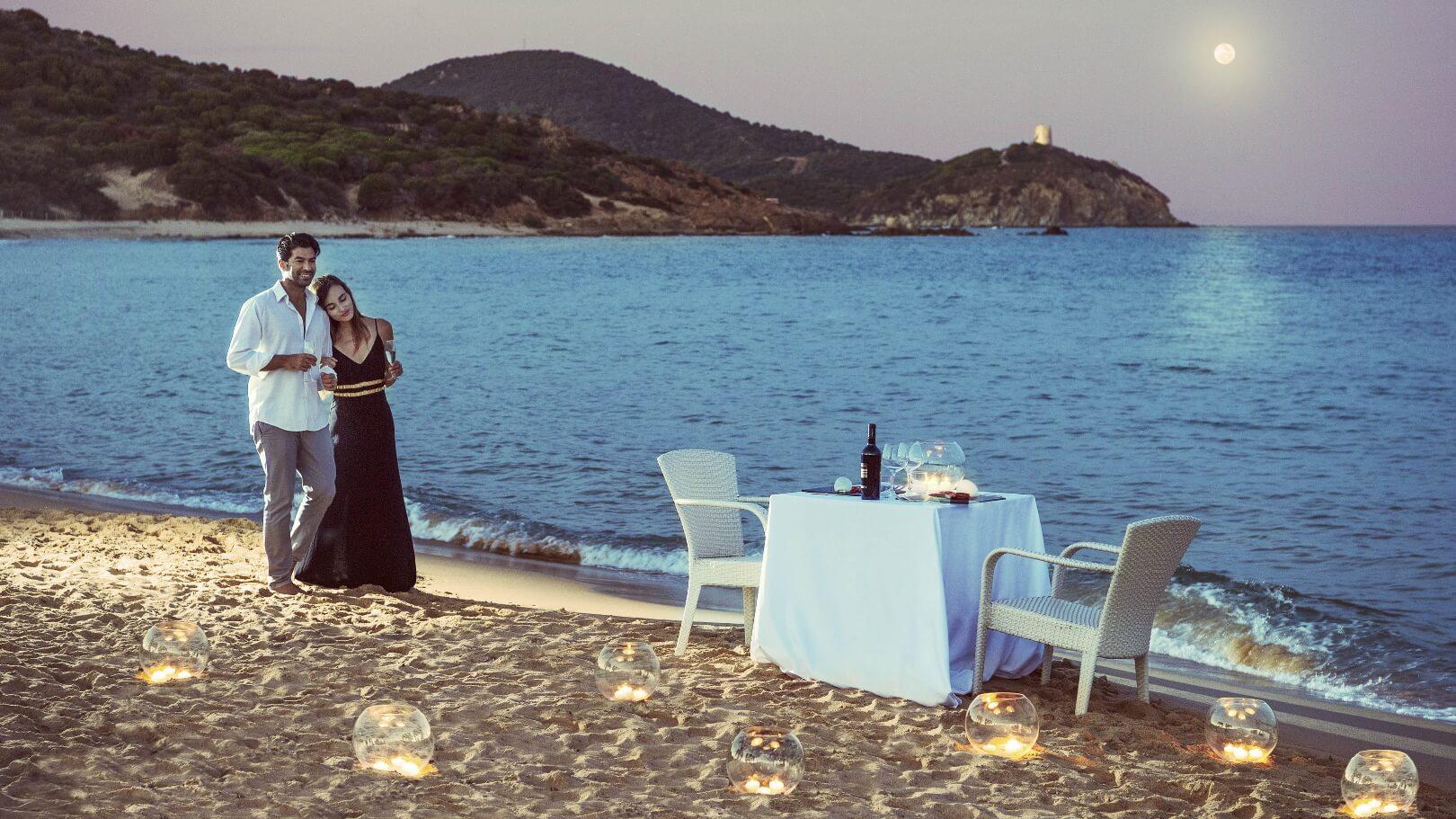 https://www.chialagunaresort.com/wp-content/uploads/2021/05/IHC_Chia-Laguna-Resort_grid_romantic_dinner-beach.jpg