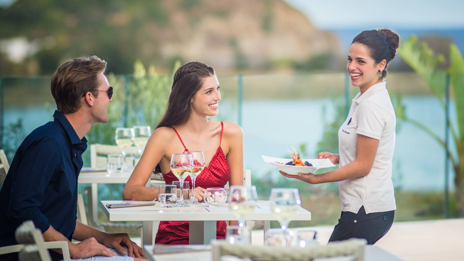 https://www.chialagunaresort.com/wp-content/uploads/2021/05/IHC_Chia-Laguna-Resort_grid_romantic_food.jpg
